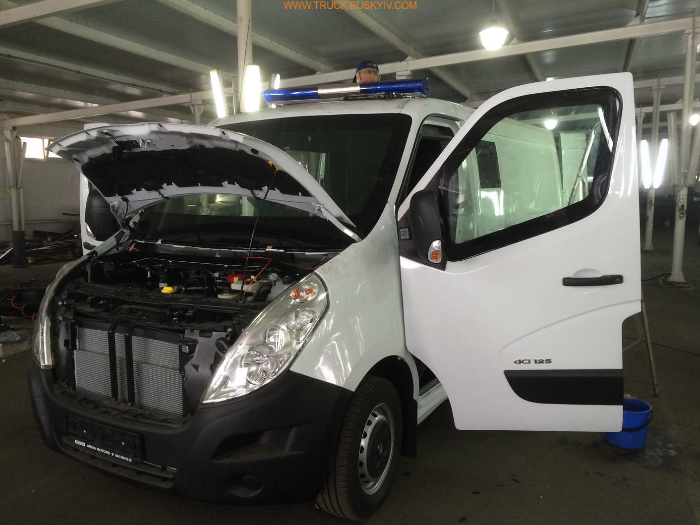 2015_renault_master_armor_43